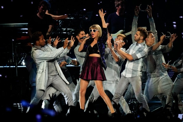 original_taylor-swift-live-los-angeles-1989-tour-2-compressed